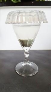 L'eau d'argile contient tous les richesses de l'argile et peut être bue.